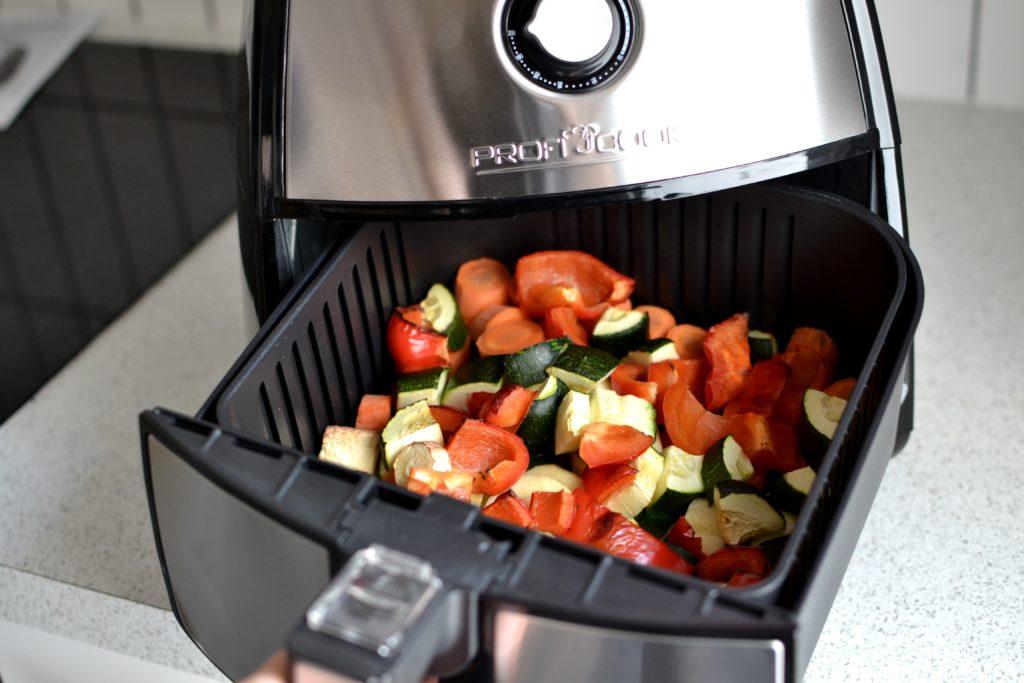 Warzywa upieczone we frytkownicy beztłuszczowej