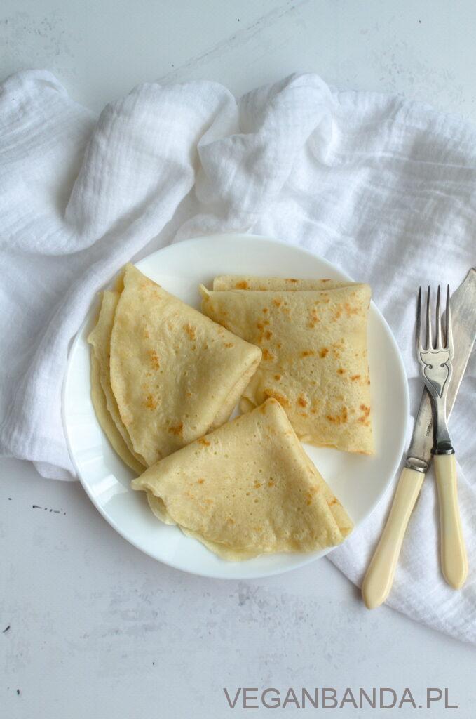 Jak zrobić wegańskie naleśniki z dwóch składników?